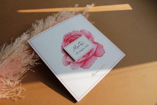 Otevírací svatební oznámení Peony Rosegold